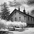 Infrared Barn by Paul W Faust -  Impressions of Light