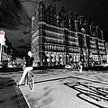 Inner City Cycling  by Rob Hawkins