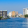 Intracoastal Waterway In Hollywood Florida by Les Palenik