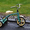 Jhon Deer Tricycle by Brandon Finister