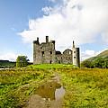 Kilchurn Castle 2 by Chris Thaxter