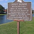 La-010 Pitot House by Jason O Watson