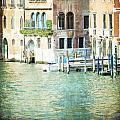 La Canal - Venice by Lisa Parrish
