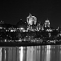 La Chateau Frontenac In Black And White by Veronica Vandenburg