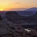 Lake Powell Sunrise  by Saija  Lehtonen
