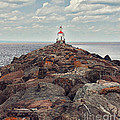 Lake Superior Light House by Pam  Holdsworth