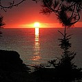 Lake Superior Sunset by Jan Ennis