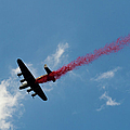 Lancaster Bomber Drops Poppies Over London by Gary Eason