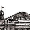 Le Grand Palais by Olivier Le Queinec