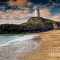Lighthouse Beach by Adrian Evans