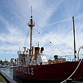 Lightvessel Overfalls II by Christiane Schulze Art And Photography