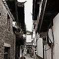 Lijiang Old Town by Songquan Deng