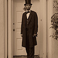 Lincoln Leaving A Building by Ray Downing