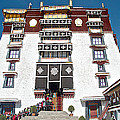 Line Of Pilgrims And Tourists Entering Former Living Quarters Of Dalai Lama In Potala Palace-tibet by Ruth Hager