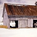 Lin's Barn by Tom Wooldridge