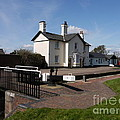 Lock Cottages by John Chatterley
