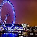 London Eye Night Glow by Matt Malloy