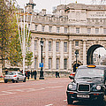 London Taxi by Pati Photography