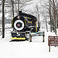 Loon Mountain Train by Glenn Gordon
