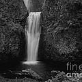 Lower Multnomah Falls by Kay Martin