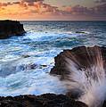 Lumahai Sea Explosion by Mike  Dawson