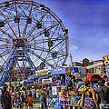Luna Park 2013 - Coney Island - Brooklyn - New York by Madeline Ellis