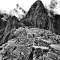 Macchu Picchu by Alexander Graybar