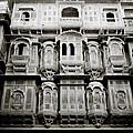 Ancient Jaisalmer by Shaun Higson