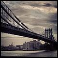 Manhattan Bridge In Ny by Paulo Guimaraes