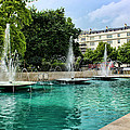 Marble Arch Fountains  by Nicky Jameson