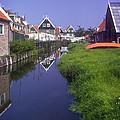 Marken Canal by Bob Phillips