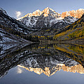 Maroon Bells First Light by Dave Mills