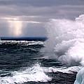 Marquette Michigan Wave by John McGraw