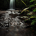 Marriners Falls by Simone Byrne Photography
