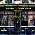 Michael's London Pub by David Pyatt