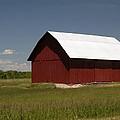 Michigan Barn by Linda Kerkau