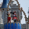 Mickey And Minnie In Living Color by Rob Hans