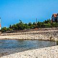 Middle Island Lighthouse by Grace Grogan