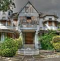 Mille Fleurs Mansion by David Birchall