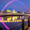Millennium Bridge - Gateshead by Brian Jannsen