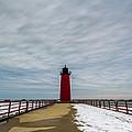 Milwaukee Pierhead Light by Randy Scherkenbach