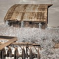 Missouri Barn by Jane Linders