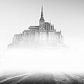Mont Saint-michel by Sebastian Musial