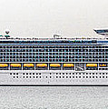 M S Independence Of The Seas by Linsey Williams