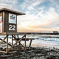 Newport Beach Pier and Lifeguard Tower 22 Photo by Paul Velgos