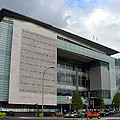 Newseum In Washington Dc by Lingfai Leung