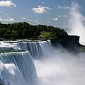 Niagara Falls by Sandy Fraser