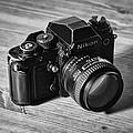 Nikon F3 by Taylan Apukovska