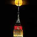 Nyc Moonstruck For World Cup by Regina Geoghan