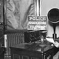 Nypd Radio Station, Wlaw by Underwood Archives